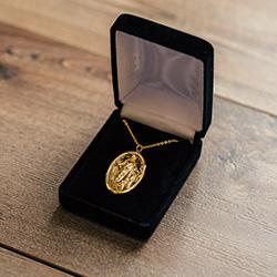 Velvet Necklace Box